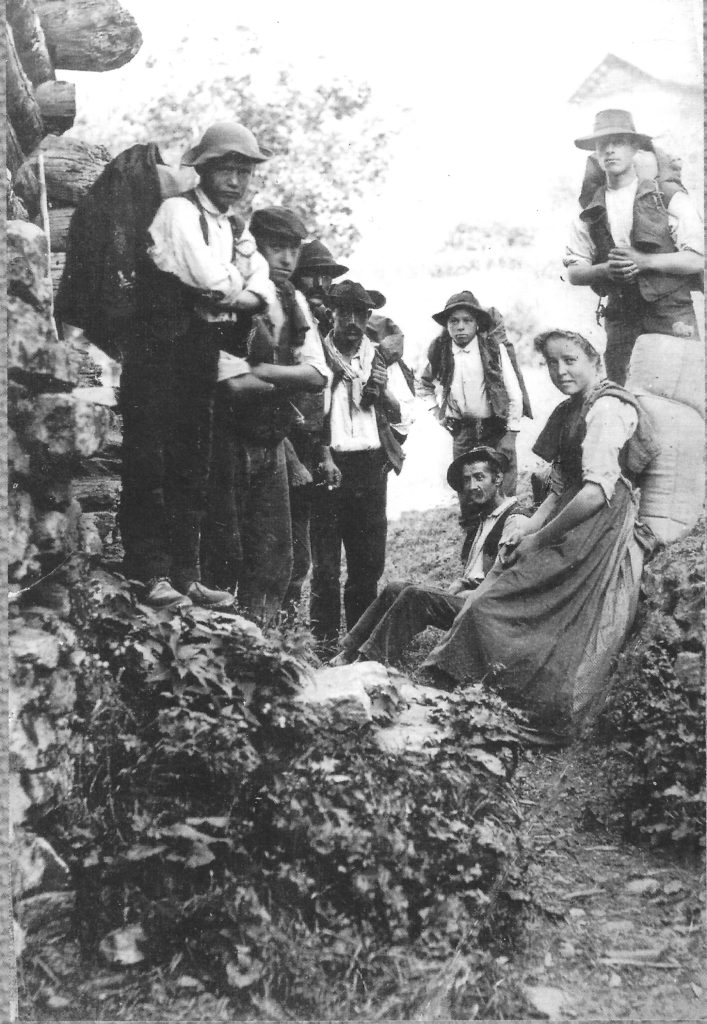 Schmugglergruppe aus Savogno, um 1900 - Quelle La Carga